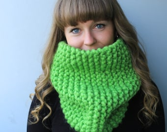 SALE -Wool & Acrylic Yarn / Knit Chunky Cowl / Chunky Infinity Scarf / Apple / Avocado / Bright Grass / Green / Olive / Jade / Pea Green