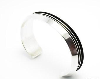 Vintage Cuff Bracelet Sterling Silver Navajo Native American Modernist Tom hawk