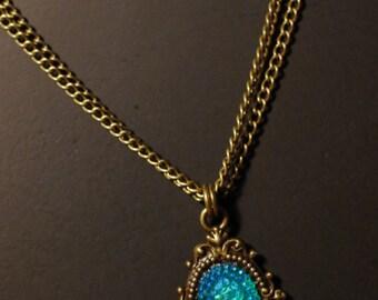 iridescent jewel cameo necklace