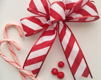 Christmas Peppermint Bows / set of 12 / Candy Peppermint Decorative Bows / Red and White Custom Bows/ Christmas Tree Bows / Handmade Bows