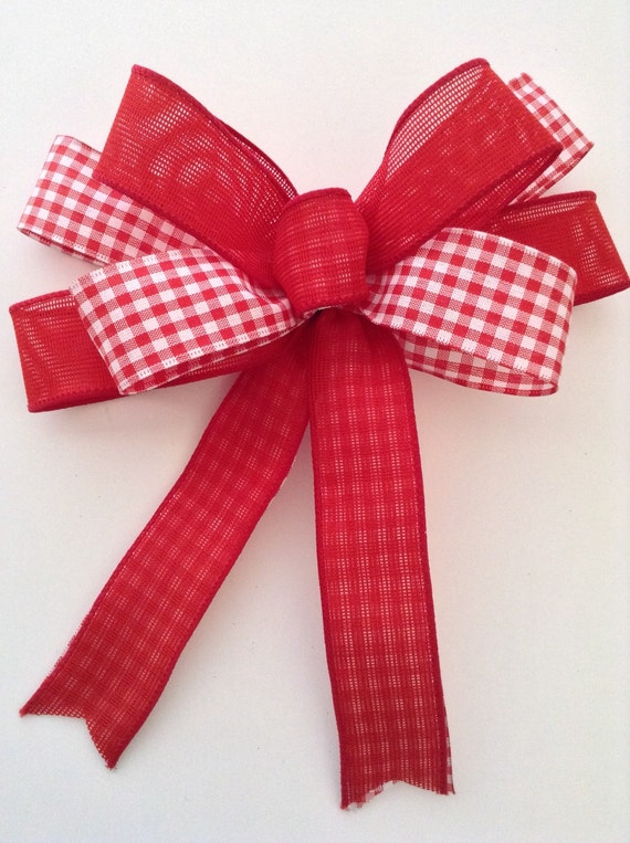 christmas red and white decorative bows red and gingham bows. Black Bedroom Furniture Sets. Home Design Ideas