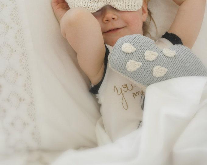 KNITTING PATTERN  sleeping mask and cloud pillow set