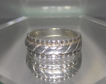 Unique Sterling Silver Vintage Ring/Band