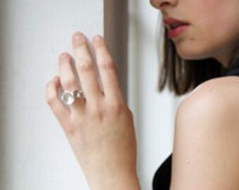 stijlvolle zilveren bloem ring