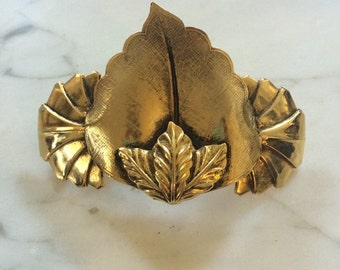 1970s French Golden Leaf Cluster Barrette