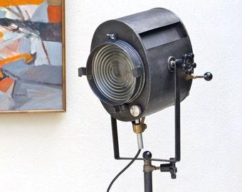 projecteur vintage etsy. Black Bedroom Furniture Sets. Home Design Ideas
