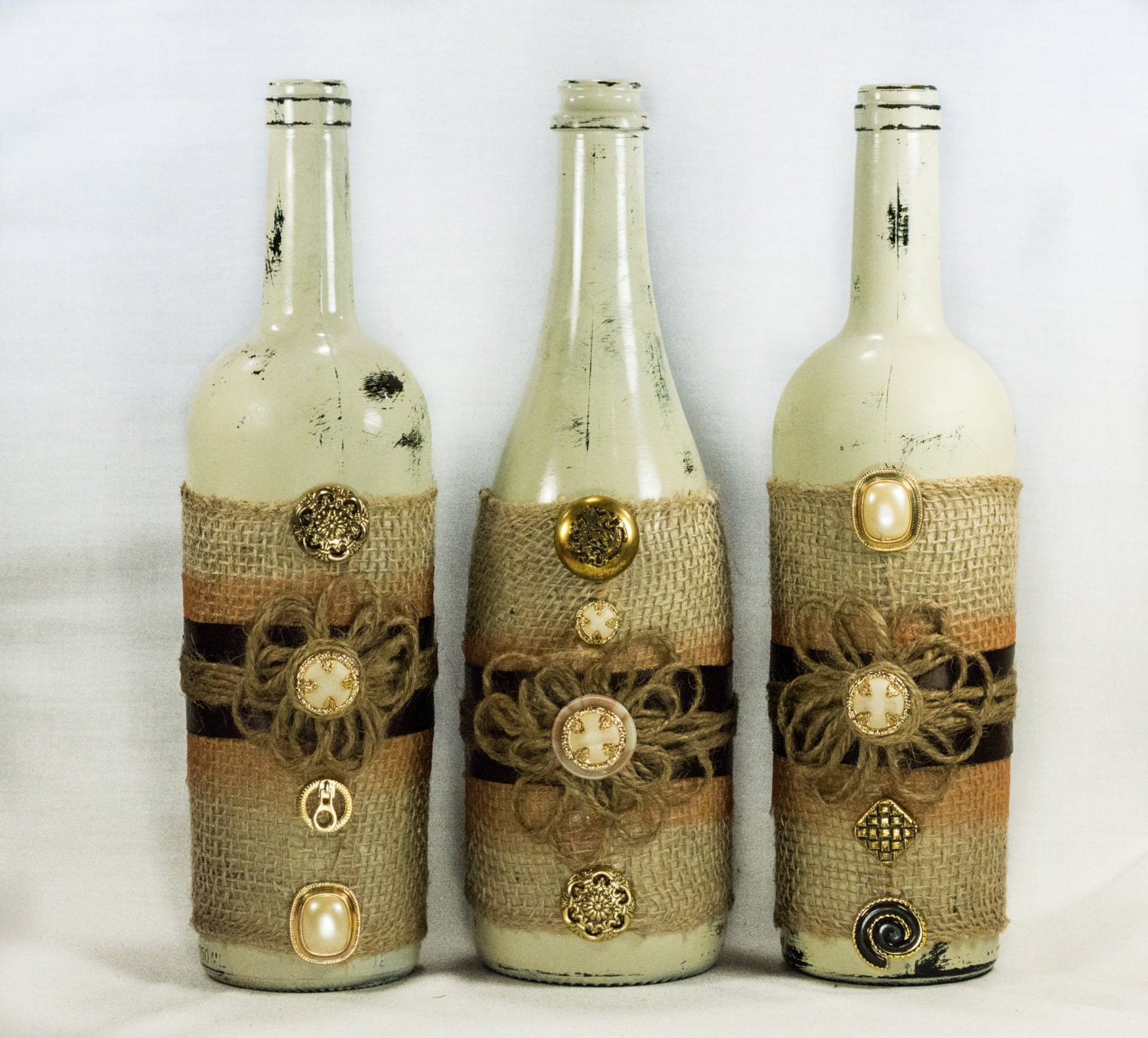 Rustic wine bottle centerpiece distressed paint burlap for Paint vino