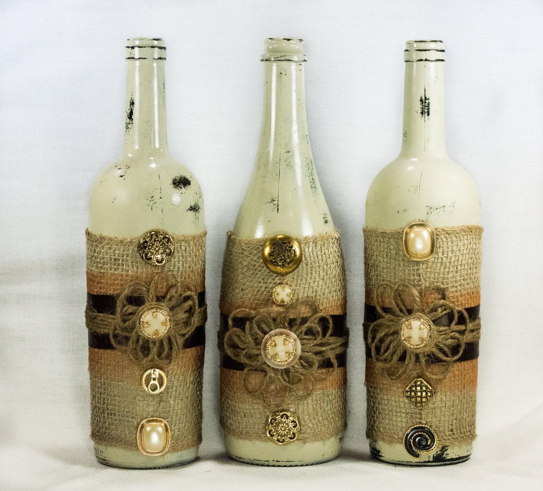 Rustic wine bottle centerpiece distressed paint burlap - Decoracion de botellas ...