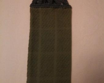 Solid Leaf Green Hanging Kitchen Towel