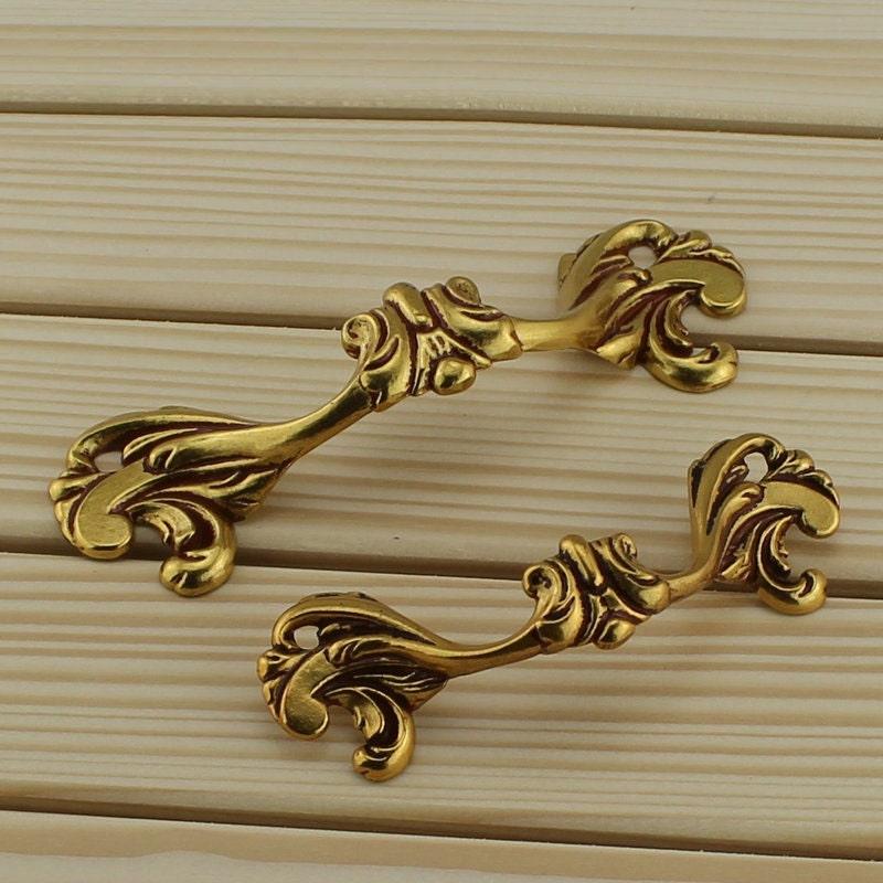 shabby chic dresser pulls handles drawer handles pulls. Black Bedroom Furniture Sets. Home Design Ideas