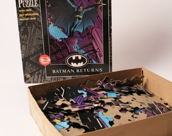 Vintage 1992 Batman Returns Puzzle DC Comics 300 Piece Puzzle Michael Keaton 2x3 Feet RARE