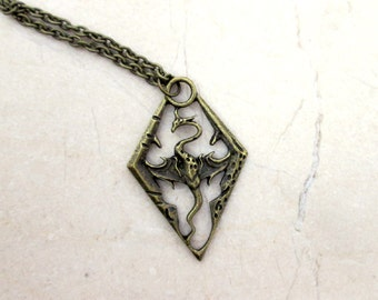 Antique Bronze Dragon Pendant Dragon Necklace Video Game Fantasy Jewelry Lucky Dragon Amulet Protection Necklace Mens Jewelry Gamer Gifts