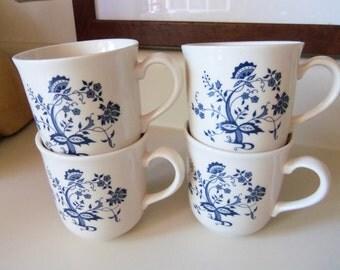 Corning Set of 4 Coffee Cups