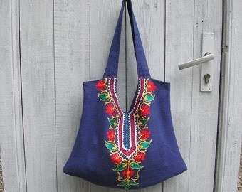 Tote bag of linen decorated with embroidery, Crossbody bag