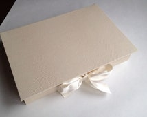 Gift box, Handmade gift box, Cardboard box, Box with lid, Jewelry box, Wedding box, Jewelry display box, Customizable box, Ivory box