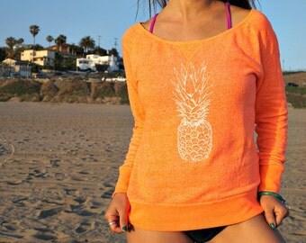 Honeymoon: The perfect pineapple sweater