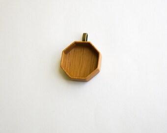 Deep shadow box pendant base finished hardwood - Mahogany - Octagon - 36 mm cavity diam. - (F83-M) - Brass bail