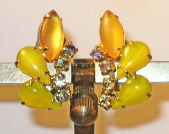 Vintage D&E Juliana Gold Plated Yellow Rhinestone Clip Earrings (E-1-3)