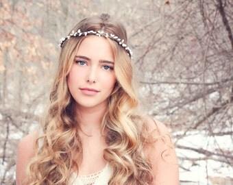 woodland headband, woodland flower, berry branch, pip berries headband, wedding accessories, wedding headpiece, bridal headpiece