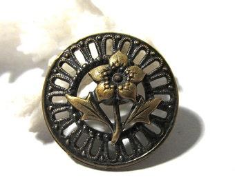 Victorian Pierced Flower Button ANTIQUE Victorian One (1) Pierced Openwork Flower Button Vintage Sewing Jewelry Wedding Supplies (F145)