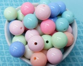 15x 16mm Resin Pastel color Globe beads .. Candy Fun