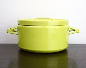 Vintage Seppo Mallat Medium Dutch Oven Lemon Lime, Yellow Green Dutch Oven or Stock Pot, Enameled Steel 1950s Finela Arabia Finland