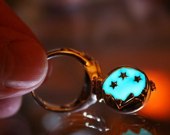 Poison Ring Moon and Stars GLOW in the DARK