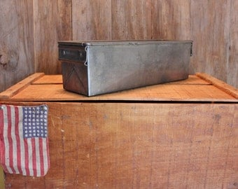 Industrial Metal Box Heavy Duty Container Home Decor Organization Vintage 1940s 40s (F)