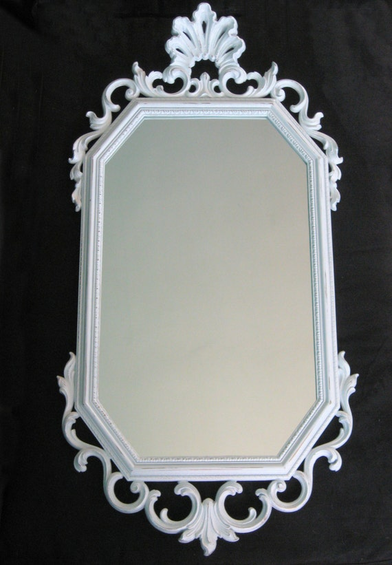 Large vintage ornate white wall mirror 31 x 14 for Big white wall mirror