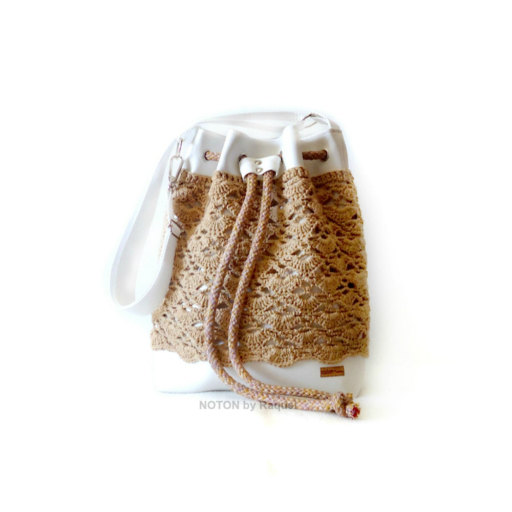 Crochet Bucket Bag : White and Beige Crochet Bucket Bag Vegan Bag by NOTONbyRaquel