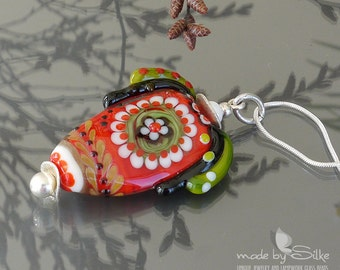 Lampwork bead pendant | made by silke  | artisan glass  |   Shine In Red