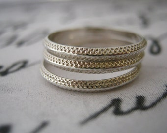 Stacking rings, Set of 3, Sterling silver ring, Sterling Silver Stacking Rings, Knuckle ring, Bridesmaid Gift, Rings, Unique Rings Texture