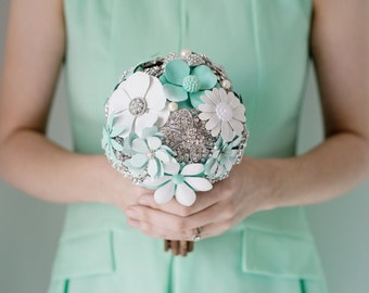 Custom Seafoam Brooch Bouquet, Enamel, Bridal Bouquet, Wedding Bouquet, Jeweled Bouquet, Bridesmaids bouquet - 5inch Bouquet