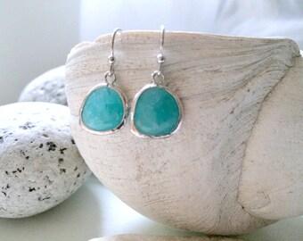 Mint Earrings Silver Mint Earrings Turquoise blue earrings Glass Gemstone Earrings Ocean Blue Beach Wedding Beach Jewelry ocean blue gift