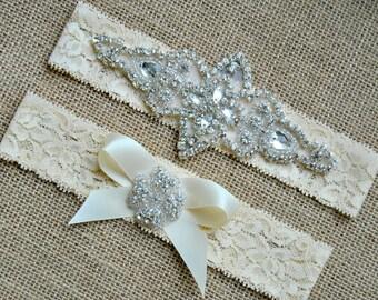 Wedding Garter Bow Ivory White Crystal Garter Set Bridal Garter Set Vintage Wedding Lace Crystal Rhinestone Garter and Toss Garter Set