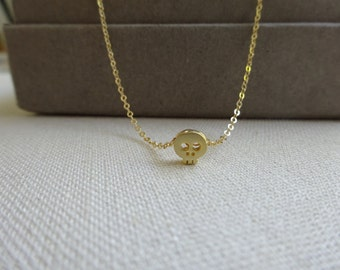 Mini skull necklace, Delicate Gold Skull Necklace, Perfect Layering Necklace, small floating skull pendant, Skull jewelry