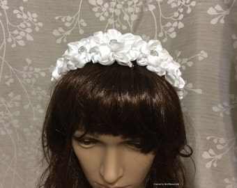 Flower Headband, First Communion, Confirmation, Bridal Headband, Satin White Roses. OAK. Flower Girl. Headband,