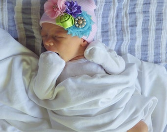 Newborn Hat with Flowers. Baby Girl Hospital Hat. Newborn Hospital Beanie. Newborn Girl Hat. Newborn Girl Take Home