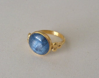 Gemstone ring,14k kyanit ring,solid gold gemstone ring,gold bezel ring,cabochon ring,14k gold and gemstone ring