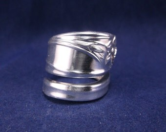 """FREE SHIPPING-Spoon Ring 1950  """"Daffodil"""" Handmade Spoon Jewelry Size 7"""