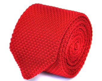 skinny plain red knitted tie with pointed end by Frederick Thomas FT1857
