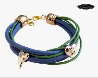 The bracelet no. 15- blue and green!