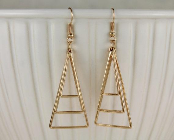 gold dangle earrings 3d triangle geometric teardrop 2. Black Bedroom Furniture Sets. Home Design Ideas