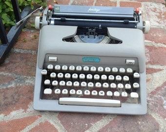 1959 Royal Heritage Typewriter Good Working Condition