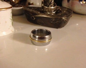 Vintage 1980's Thick Stainless Steel & 10K Gold Twist Milor Italy Ring Size 7
