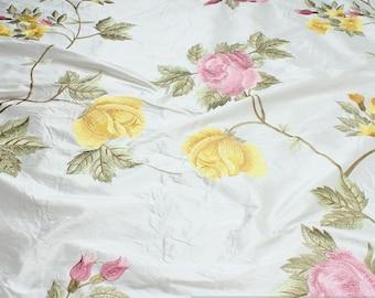 Fabric dupioni silk white embroidery flower nobel blossom baroque
