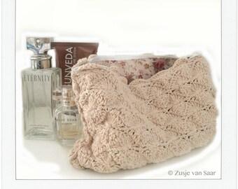 Make-up bag crochet
