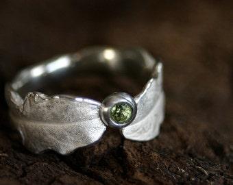beautiful ring in shape of a dandelion
