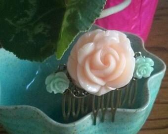 Rose Hair Comb - Cream & Mint