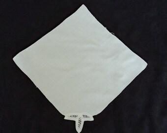 French vintage  white cotton handkerchief / wedding handkerchief  (01064)